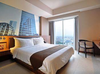 Midtown Hotel Surabaya Surabaya - Groovy King Room Only Basic Deal
