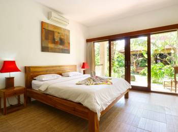 D'uma Residence & Hostel Bali - Deluxe Room Basic Deal 30%