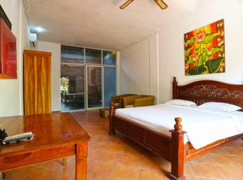 D'uma Residence & Hostel Bali - Suite Room with Balcony MS 2N 39%