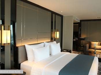 JHL Solitaire Gading Serpong a D Varee Collection Tangerang - Executive Club Suite Last Minute Deal