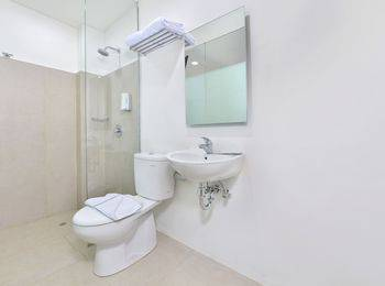 Whiz Hotel Falatehan Jakarta Jakarta - Whiz single Room with Breakfast Regular Plan