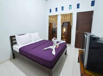 Santhi House Kuta By YOM Bali - Deluxe Room Minimum Stay 3 Night Discount 52%
