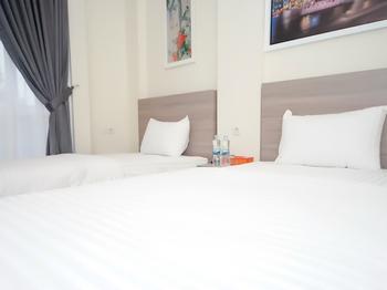 The Maximus Inn Hotel Palembang - Deluxe Twin Regular Plan