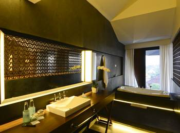 IZE Seminyak Bali - IZE Club Suite Room Breakfast with FREE Daily Mini Bar Higher Room 37%
