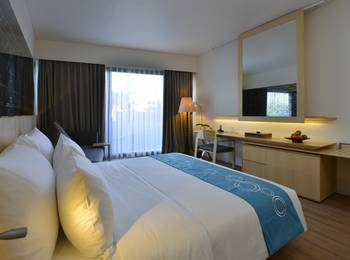 IZE Seminyak Bali - Deluxe Room Only with FREE Daily Mini Bar Promo 30%