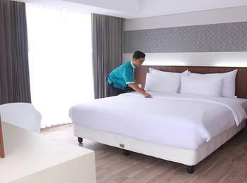 Ayola Sunrise Hotel Mojokerto Mojokerto - Superior King Regular Plan
