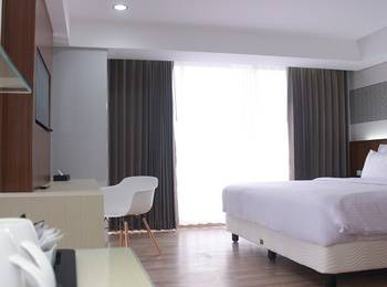 Ayola Sunrise Hotel Mojokerto Mojokerto - Junior Suite Regular Plan