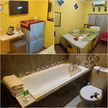 Ajie Boarding House Palembang - Deluxe Double Room with Bathtub Promo Longstay 7 Hari