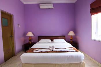 Signature Mandala Kencana Hotel Cianjur - DELUXE ROOM WITH BREAKFAST Regular Plan