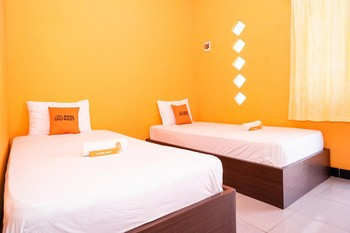 KoolKost Syariah near Transmart Tegal Tegal - KoolKost Twin Room Limited Time Deal