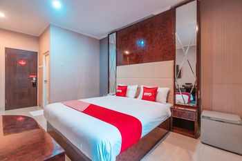 OYO Flagship 2131 Hotel Binong Tangerang - Suite Double Regular Plan