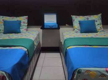 Losmen Syari'ah Surabaya Surabaya - Twin Bed Room Only Regular Plan