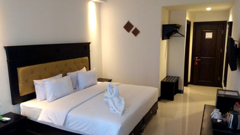 Same Hotel Lombok Lombok - Premiere King Room Only Regular Plan