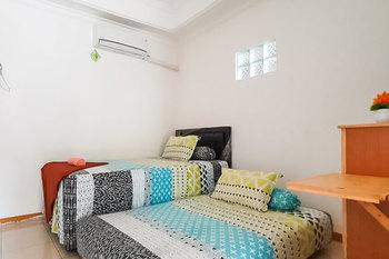 Langkar Guest House Syariah Samarinda - Twin Room Last Minute