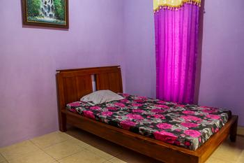 Oriana Homestay Near Alun Alun Kidul Yogyakarta - Standard Big Fan Shared Bathroom Regular Plan