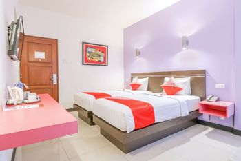 OYO 1675 Fortune Hotel Lombok - Deluxe Twin Room Regular Plan