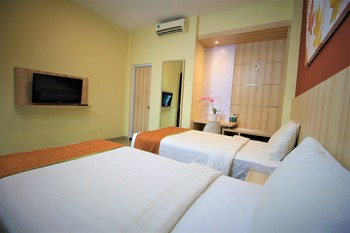 Green Bamboo Residence Jakarta - Deluxe Twin  With Breakfast 1 pax Regular Plan