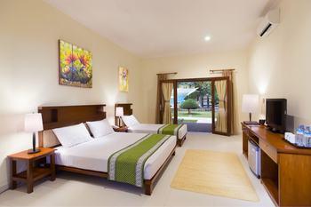 Jambuluwuk Oceano Gili Trawangan Resort Lombok - Deluxe Triple Room with Garden View Flash Sale