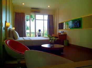 Hotel Victoria River View Banjarmasin - Executive Room Regular Plan