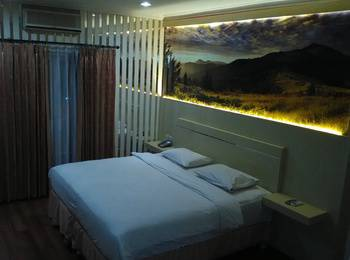 Hotel Victoria River View Banjarmasin - Superior Room Regular Plan