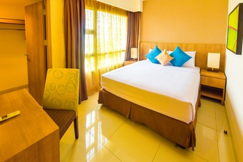 Grand Tropic Jakarta - Business Suites Room Only Regular Plan