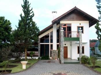 Villa Gerbera III Istana Bunga - Lembang Bandung