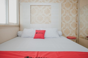RedDoorz Apartment @ Saladin Mansion Margonda Depok - RedDoorz Room Basic Deal