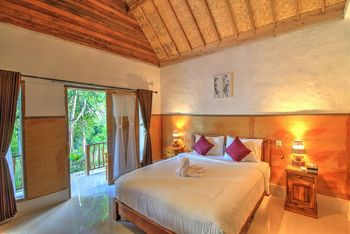 Grealeen Cottages Bali - Double Room with Garden View Regular Plan