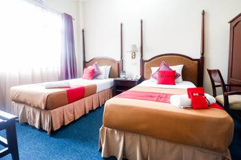 RedDoorz Plus @ Jalan Raden Intan Lampung Bandar Lampung - RedDoorz Premium 24 Hours Deal
