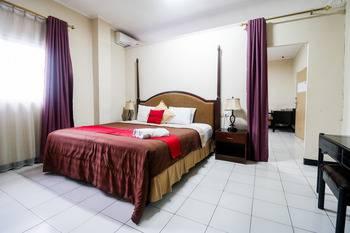 RedDoorz Plus @ Jalan Raden Intan Lampung Bandar Lampung - Kamar RedDoorz dengan Sarapan Kamar dan sarapan