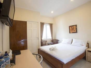 RedDoorz @Kramat Jakarta - RedDoorz Room Regular Plan