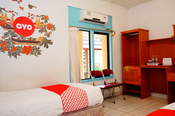 OYO 358 Hotel Martani Belitung  Belitung - Standard Twin  Room Regular Plan