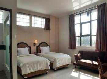 Asoka Hotel Bandung - Standard Twin With Breakfast Regular Plan