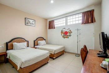Asoka Hotel Bandung - Standart Room Only Best Deal