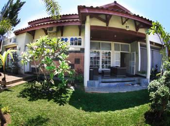 Bonsai Surf Lodge