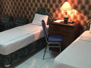 Palapa Hotel Purwokerto - Deluxe Twin Room Regular Plan
