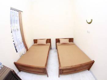 Sankita Hotel Ponorogo - Standard Twin Regular Plan