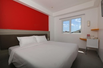Amaris Hotel Malioboro - Smart Room Hollywood Staycation Offer Room Only Regular Plan