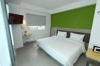 Amaris Hotel Malioboro Jogja Yogyakarta - Smart Room Twin Staycation Offer Regular Plan
