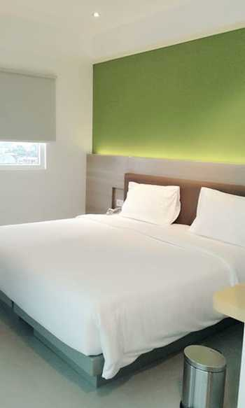 Amaris Hotel Malioboro - Smart Room Hollywood Staycation Offer Regular Plan