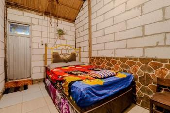 Penginapan Joko Samudro Yogyakarta - Standard Double Room Only NR MS2N 40%