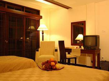 Pines Garden Resort Pasuruan - Deluxe Room Only Regular Plan