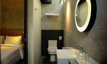 The Yard Boutique Hotel Kuala Lumpur - Deluxe Room, 1 Queen Bed Pesan sekarang dan hemat!