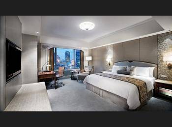 Shangri-La Hotel Jakarta - Deluxe Room, 1 King Bed Regular Plan