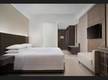 Fairfield Inn by Marriott Belitung - Deluxe Room, 1 King Bed, City View Regular Plan