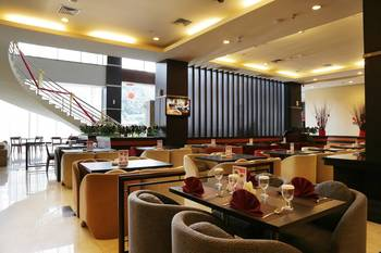 Aston Jayapura Hotel and Convention Centre