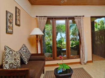 Sunsethouse- Lombok - Deluxe Room, Sea View, Beachside Hemat 30%