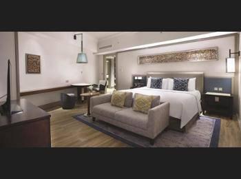 Shangri-la Surabaya - Executive Suite Regular Plan