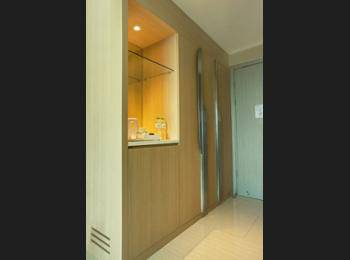 Holiday Inn Express Jakarta International Expo - Standard Room, 1 Queen Bed, Non Smoking Regular Plan