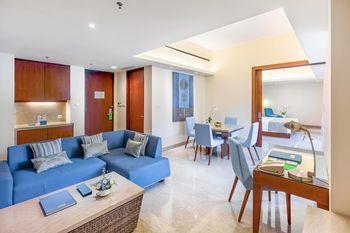 Courtyard by Marriott Bali Nusa Dua - Suite, 1 Bedroom, Balcony (Poolside View) Regular Plan